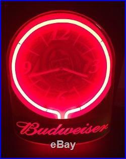 Budweiser Neon Clock Sign King of Beers Advertising Man Cave Vintage