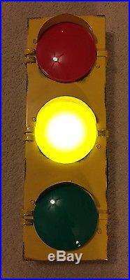 Traffic Lights For Sale >> Traffic Large Metal Light Home Decor Man Cave Game Room Rail Road Garage Signal | Vintage Neon Signs