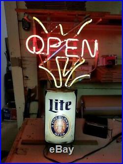 Vintage Miller Lite, Beer Neon Working Sign. Multi stage franceformer 030-5030-E