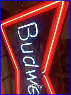 Vintage Neon Budweiser Beer Sign Item 051-128 Works