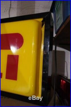 Vintage Pirelli Tire Lighted Advertising Neon Shop Sign Light